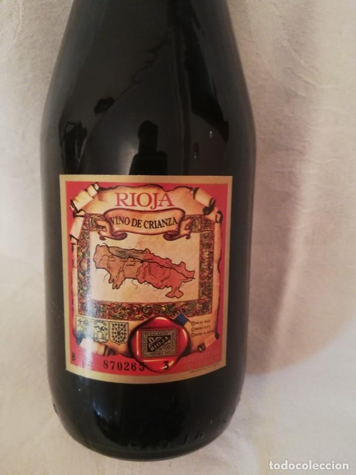Coleccionismo de vinos y licores: LOTE DE 4 BOTELLAS DE VINO BODEGAS CAMPO VIEJO -1970-CRIANZA - Foto 6 - 226491980