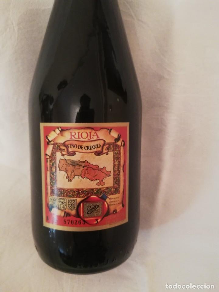 Coleccionismo de vinos y licores: LOTE DE 4 BOTELLAS DE VINO BODEGAS CAMPO VIEJO -1970-CRIANZA - Foto 7 - 226491980