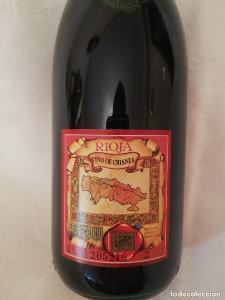 Coleccionismo de vinos y licores: BOTELLA DE VINO BODEGAS BILBAINAS -VIÑA POMAL -1978-CRIANZA - Foto 3 - 226493270