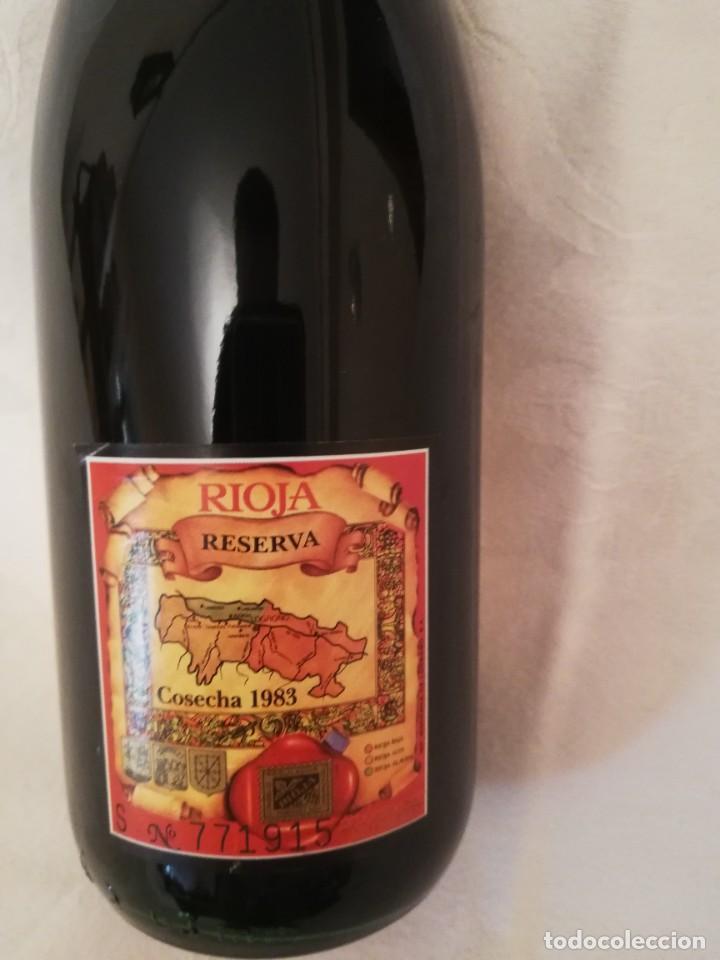 Coleccionismo de vinos y licores: BOTELLA DE VINO BODEGAS RIOJANAS,S.A. -MONTE REAL -1983-RESERVA - Foto 4 - 226497706