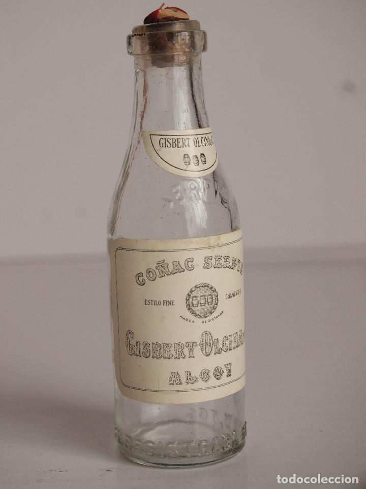 BOTELLITA COÑAC SERPIS. GISBERT OLCINA. ALCOY. MINIATURA (Coleccionismo - Botellas y Bebidas - Vinos, Licores y Aguardientes)
