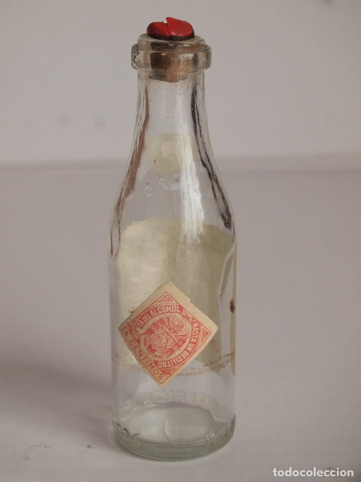 Coleccionismo de vinos y licores: BOTELLITA COÑAC SERPIS. GISBERT OLCINA. ALCOY. MINIATURA - Foto 2 - 232986395