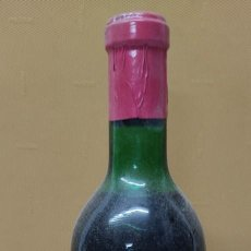 Coleccionismo de vinos y licores: ANTIGUA BOTELLA VINO CLARET DE BODEGAS FRANCO ESPAÑOLAS.RIOJA TINTO 3 AÑOS. Lote 233482170