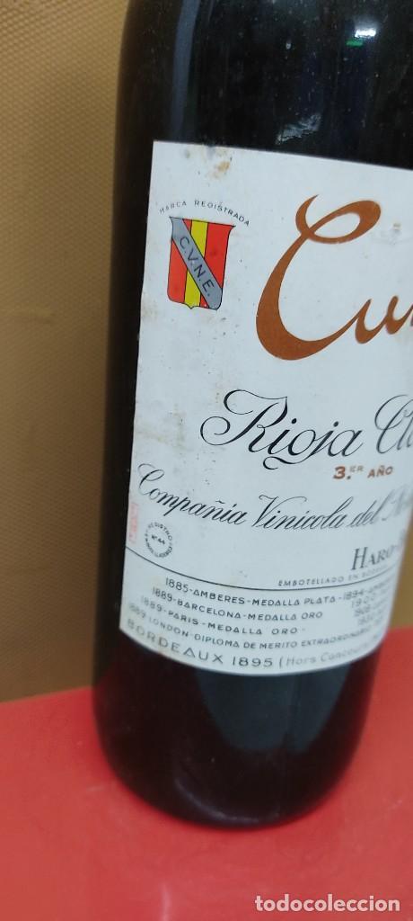 Coleccionismo de vinos y licores: BOTELLA DE VINO CUNE - RIOJA CLARETE 3º AÑO, COMPAÑÍA VINÍCOLA DEL NORTE, HARO. - Foto 2 - 233482485