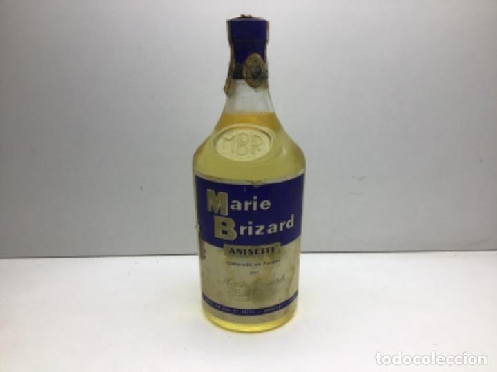 ANTIGUA BOTELLA MARIE BRIZART - ANISETTE PRECINTO DE 80 CTS (Coleccionismo - Botellas y Bebidas - Vinos, Licores y Aguardientes)