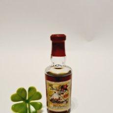 Coleccionismo de vinos y licores: BOTELLITA ANCORA MORANGO DE CINTRA 8.9CM VIDRIO BOTELLIN ANTIGUO MINI BOTELLA ANTIGUA MINIATURA. Lote 235348425