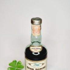 Coleccionismo de vinos y licores: BOTELLITA GRAN PONCHE BARCELO 12.6CM VIDRIO BOTELLIN ANTIGUO MINI BOTELLA ANTIGUA MINIATURA. Lote 235361940