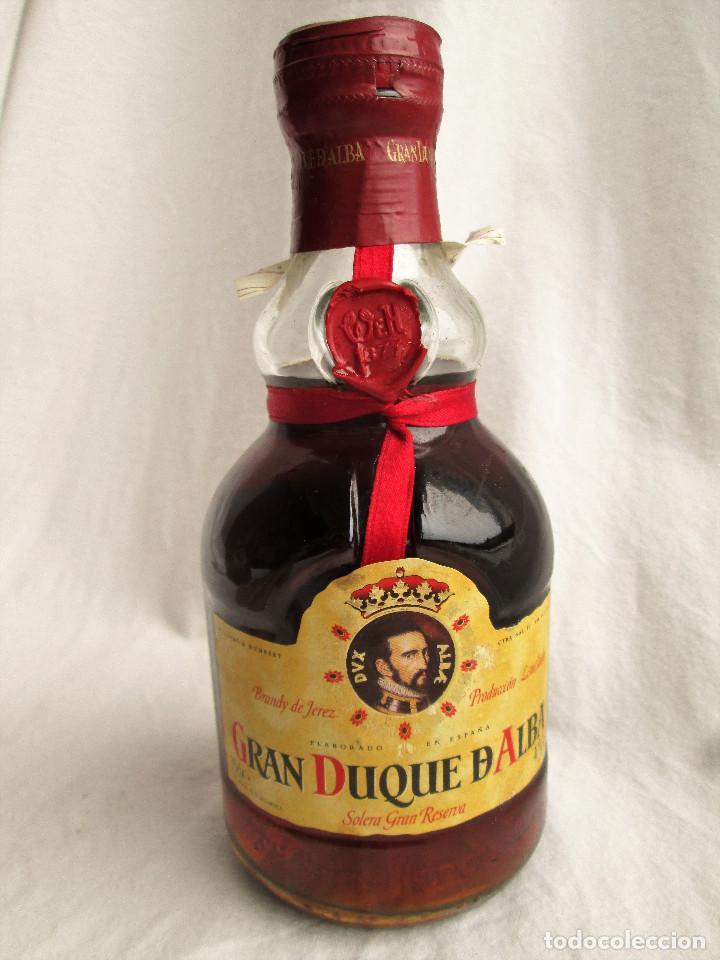 Coleccionismo de vinos y licores: BRANDY GRAN DUQUE DE ALBA SOLERA GRAN RESERVA - Foto 2 - 235615415