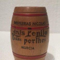 Coleccionismo de vinos y licores: PALILLERO BARRIL ANIS PEPITO. Lote 235845760