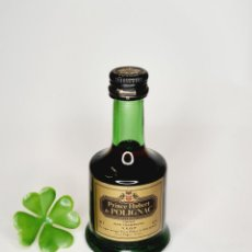 Coleccionismo de vinos y licores: BOTELLITA COGNAC PRINCE HUBERT DE POLIGNAC 4.5CL VIDRIO 9.8CM BOTELLIN MINI BOTELLA MINIATURA. Lote 236221285