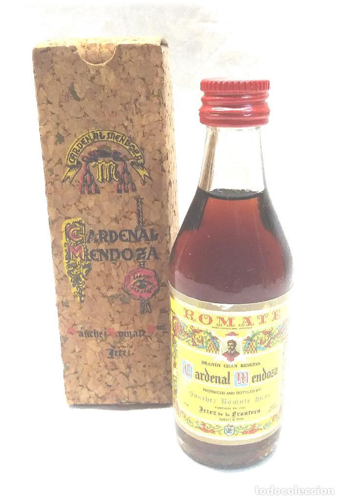 BRANDY CARDENAL MENDOZA BOTELLIN (Coleccionismo - Botellas y Bebidas - Vinos, Licores y Aguardientes)