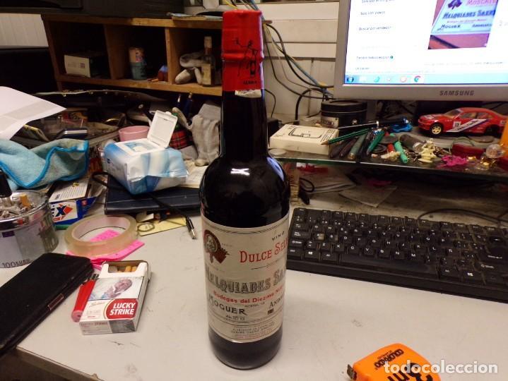 PERFECTA BOTELLA VINO MELQUIADES SAENZ , MOGUER, ANDALUCIA (Coleccionismo - Botellas y Bebidas - Vinos, Licores y Aguardientes)