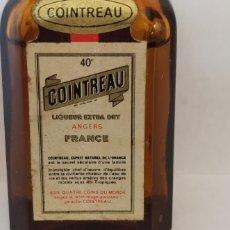 Coleccionismo de vinos y licores: MINIATURA DE COINTREAU FRANCÉS. Lote 236994440