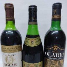 Coleccionismo de vinos y licores: TRES BOTELLAS RIOJA .CORRAL 1971 SOLAR DE SAMANIEGO RESERVA 1970 Y OLARRA GRAN RESERVA 1970.. Lote 242352740