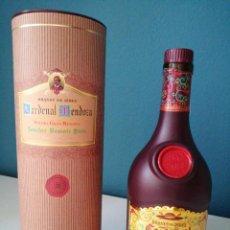 Coleccionismo de vinos y licores: BOTELLA BRANDY CARDENAL MENDOZA EDICIÓN ESPECIAL. Lote 242859100