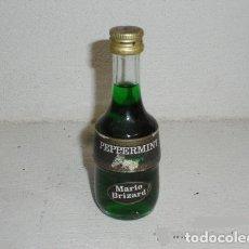 Coleccionismo de vinos y licores: ANTIGUA BOTELLA O BOTELLITA LICOR DE MENTA MARIE BRIZARD, DESTILERIAS MARIE BRIZARD, BORDEAUX. Lote 244774895