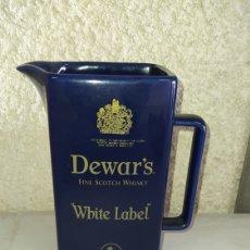Coleccionismo de vinos y licores: JARRA DE WHISKY, DEWAR'S. Lote 245415100