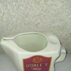 Coleccionismo de vinos y licores: PRECIOSA JARRA DE WHISKY DOBLE V.. Lote 245416970