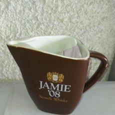 Coleccionismo de vinos y licores: JARRA DE WHISKY, JAMIE.. Lote 245418910