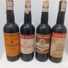 Coleccionismo de vinos y licores: LOTE DE 4 BOTELLAS LLENAS DE SHERRY ANTIGUAS 750CL. Lote 246203160