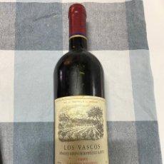 Coleccionismo de vinos y licores: BOTELLA DE VINO CHILENO LOS VASCOS GRAN RESERVA 1996, VER FOTOS (4,31 ENVÍO CERTIFICADO). Lote 254448300