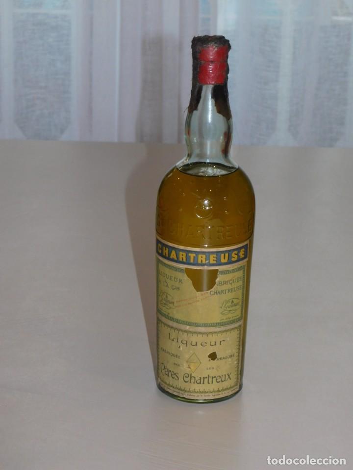 CHARTREUSE. TARRAGONA. PRECINTADA. DEPOSÉ 1-7-69. 9 FOTOS (Coleccionismo - Botellas y Bebidas - Vinos, Licores y Aguardientes)