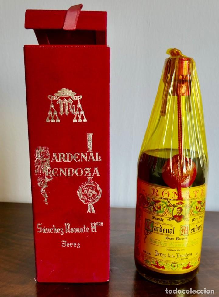 SOLERA CARDENAL MENDOZA SÁNCHEZ ROMATE JEREZ DE LA FRONTERA CÁDIZ TIMBRE 4 PESETAS NUEVA SIN ABRIR (Coleccionismo - Botellas y Bebidas - Vinos, Licores y Aguardientes)