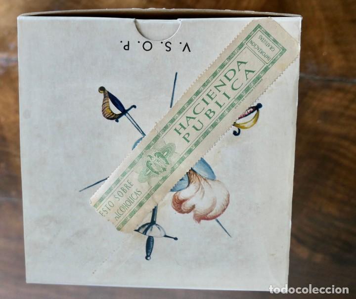 Coleccionismo de vinos y licores: Antigua botella de Brandy Llena y en su Caja - Saint Vivant. Armagnac VSOP - Francia - Foto 12 - 261243960