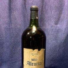 Coleccionismo de vinos y licores: BOTELLA VINO VIÑA ALCORTA TEMPRANILLO 12% RIOJA 5 LITROS 47X17CMS. Lote 262126350