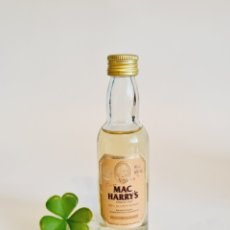 Coleccionismo de vinos y licores: BOTELLITA WHISKY MAC HARRY'S 11.7CM VIDRIO BOTELLIN. Lote 263769450