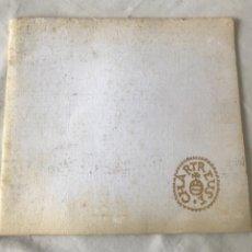 Coleccionismo de vinos y licores: LIBRO DE CHARTREUSE TARRAGONA 1968.. Lote 263887810
