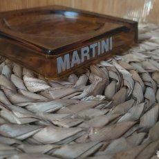 Coleccionismo de vinos y licores: CENICERO MARTINI VERMUT. Lote 271694108