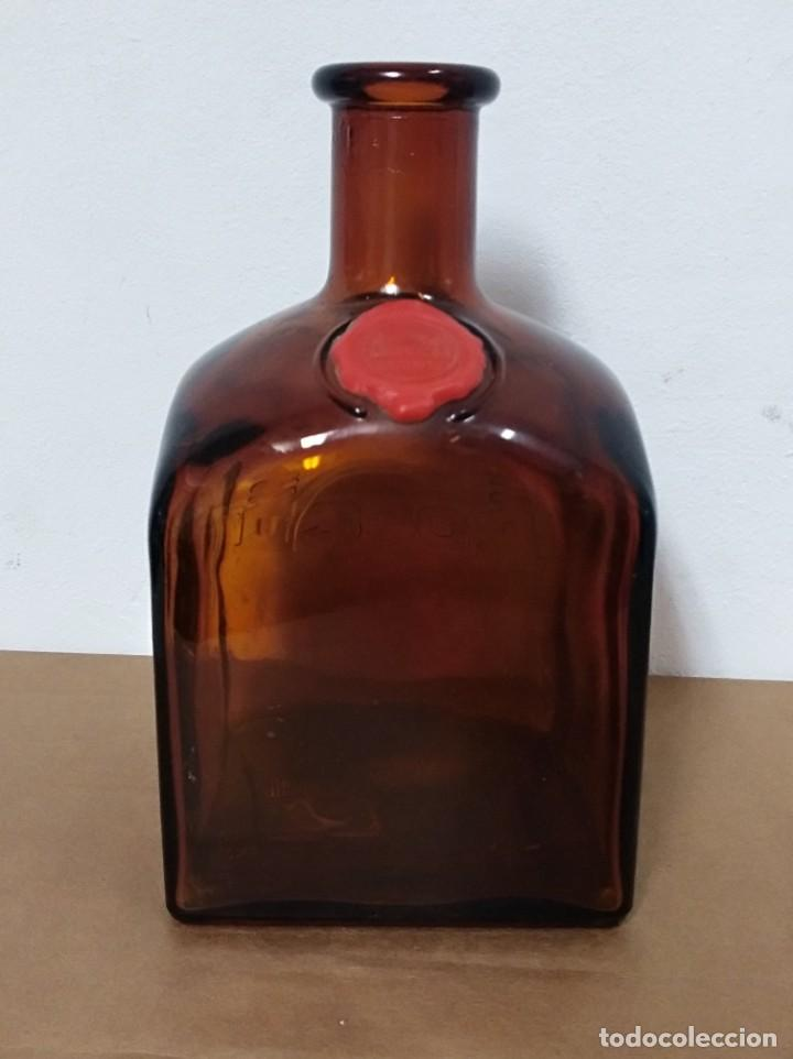 BOTELLA LICOR DE WHISKY GRAN DYC VACIA DECORACION RETRO VINTAGE (Coleccionismo - Botellas y Bebidas - Vinos, Licores y Aguardientes)