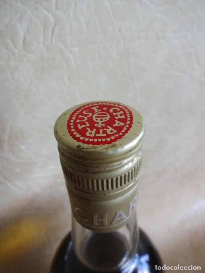 Coleccionismo de vinos y licores: ANTIGUA BOTELLA CHARTREUSE TARRAGONA VERDE SIN ABRIR! - Foto 6 - 272439663