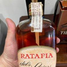 Coleccionismo de vinos y licores: PETACA DE LICOR RATAFIA. Lote 276276953