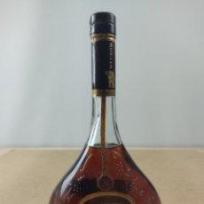 Coleccionismo de vinos y licores: BOTELLA MEUKOW NAPOLEON COGNAC. Lote 276575858