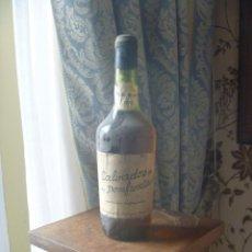 Coleccionismo de vinos y licores: CALVADOS DU DOMFRONTAIS VIEILLE RESERVÉ NORMANDIE 1966 BRANDY GRAN RESERVA NORMANDIA FRANCIA. Lote 277298588