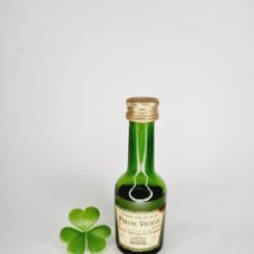 Coleccionismo de vinos y licores: BOTELLITA PRUNE VIEILLE 10.1CM VIDRIO BOTELLIN. Lote 277646438