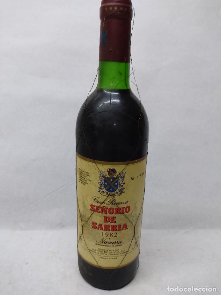BOTELLA DE VINO TINTO GRAN RESERVA SEÑORIO DE SARRIA 1982.NAVARRA.PUENTE LA REINA (Coleccionismo - Botellas y Bebidas - Vinos, Licores y Aguardientes)