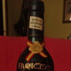 Coleccionismo de vinos y licores: BOTELLA DE VINO FRANCISCO FRANCO. Lote 288413933