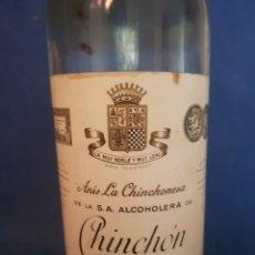 Coleccionismo de vinos y licores: ANIS CHINCHÓN, BOTELLA CON PRECINTO. Lote 297364333