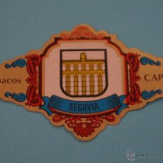Vitolas de colección: VITOLA DE:ESCUDOS PROVINCIAS DE ESPAÑA,SEGOVIA,Nº40,DE CAPOTE. Lote 58442914