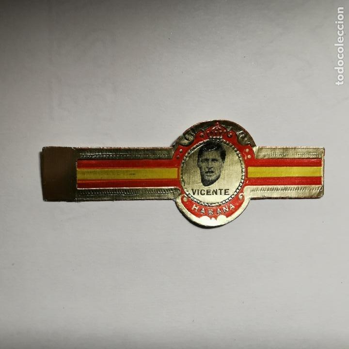 VITOLA JUGADOR DEL REAL MADRID VICENTE AÑO 1977 (Coleccionismo - Objetos para Fumar - Vitolas)