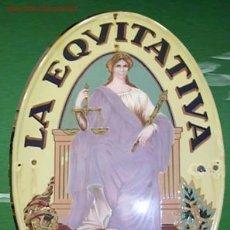 Coleccionismo: CHAPA ESMALTADA DE PUBLICIDAD - LA EQUITATIVA-. Lote 20896375