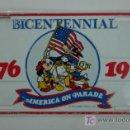 Coleccionismo: PLACA METÁLICA. BICENTENNIAL. 1776 - 1976. AMERICA ON PARADE. 40 CM. . Lote 12892674