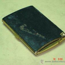 Coleccionismo: PITILLERA CON MECHERO - AÑOS 60 -. Lote 26721108