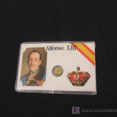 Coleccionismo: FICHA PLASTIFICADA DE ALFONSO XIII CON PEQUEÑA MONEDA . Lote 24685799