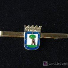 Coleccionismo: PASADOR CORBATA MADRID. Lote 136529181