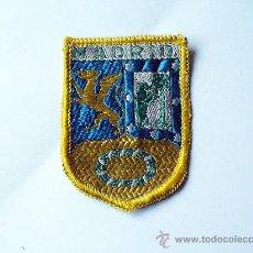 Coleccionismo: ESCUDO PARCHE DE MADRID BORDADO EN TELA. Lote 24513569
