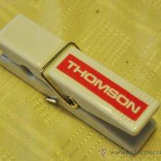 Coleccionismo: PINZA SUJETA PAPELES THOMSON. Lote 33153996